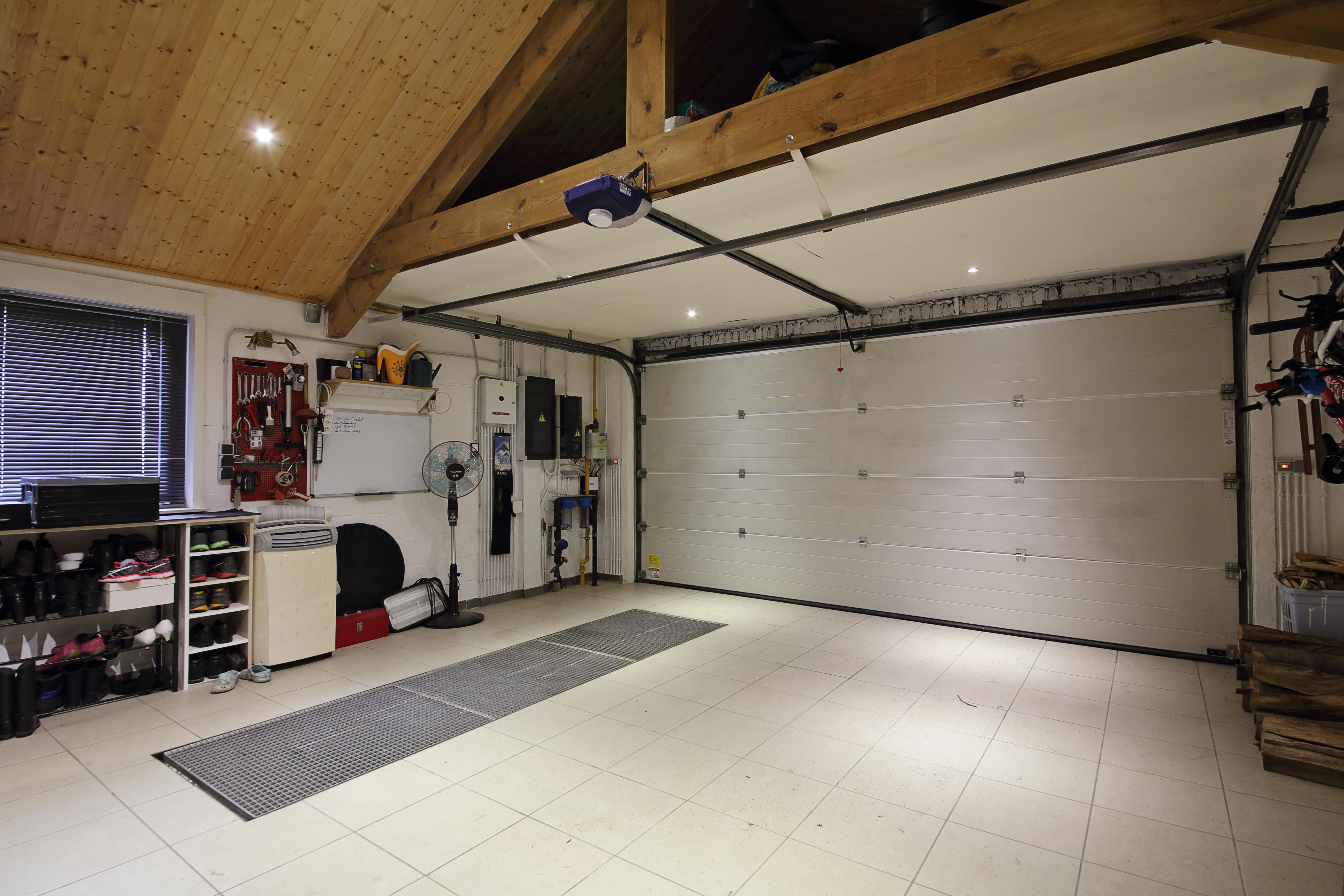 New Garage inrichten | Kluswebsite HC61