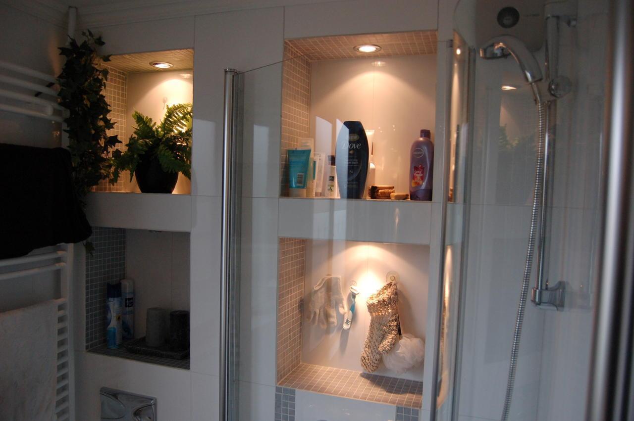 Montage en klusbedrijf victor strik uit bergschenhoek kluswebsite - Idee van deco badkamer ...